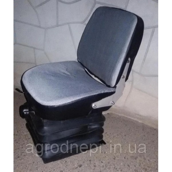 80В-6800000 Сб Сидіння МТЗ
