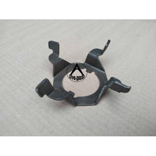 40-1701011 Крильчатка маслорозбризгівающая КПП ЮМЗ